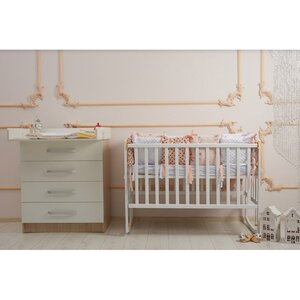 Детская кроватка Ameli (с подвижной боковиной,дугами,колеса) 60*120см, цвет крашеная